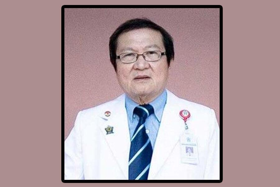 Kisah Inspiratif dr. Lie Darmawan, Seorang Dokter Dengan Hati Malaikat